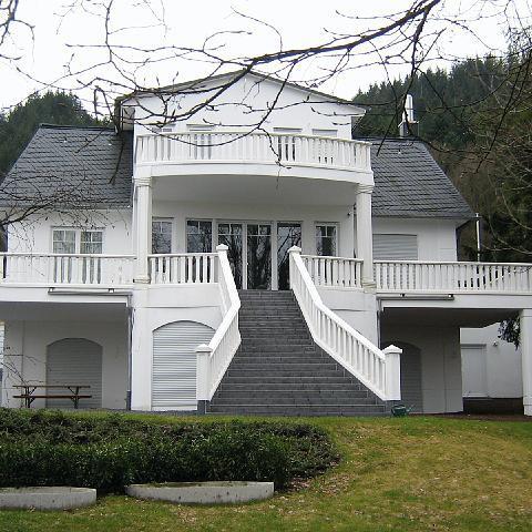 Imposanter Gartentreppe mit Balustrade in Baden-Baden - TRAX 1112